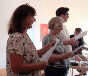 Enhedslisten, Lokallisten og Konservative sang for på Politiske kampsange og andet fra de n danske sangskat
